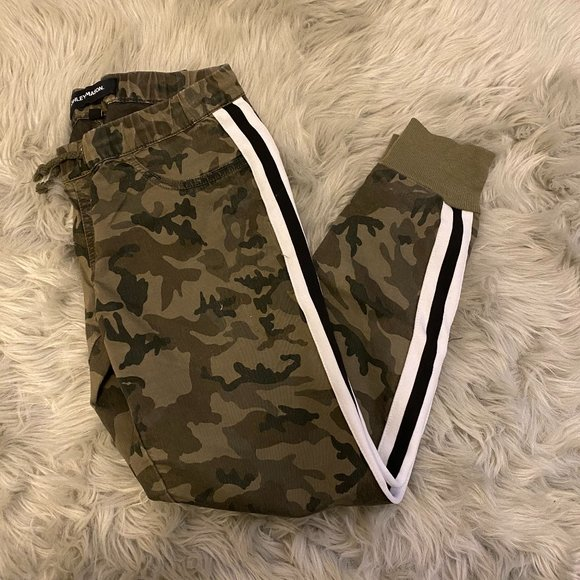 Ashley Mason Army Print Pant